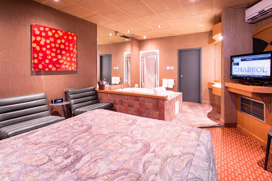 queen-room-with-spa-405 (3)